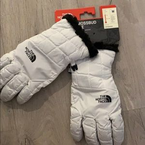 The north face women glove white soft lined m